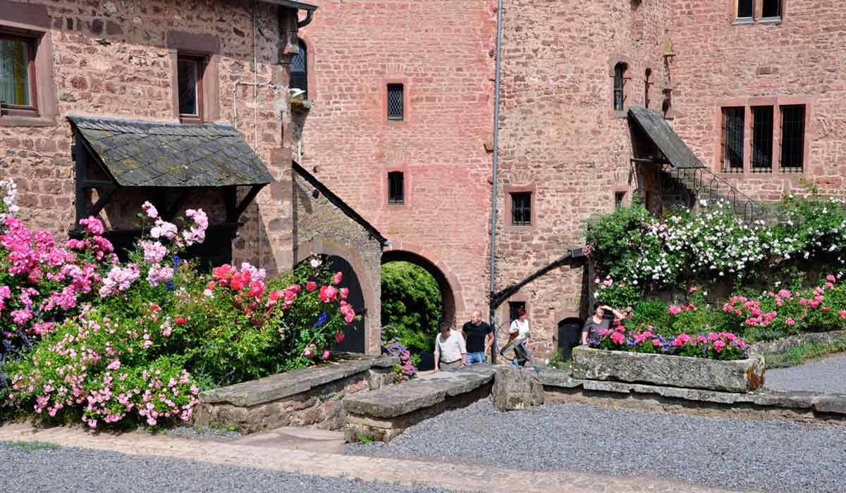 Schloss-Hamm-Ferienwohnung-Innenhof
